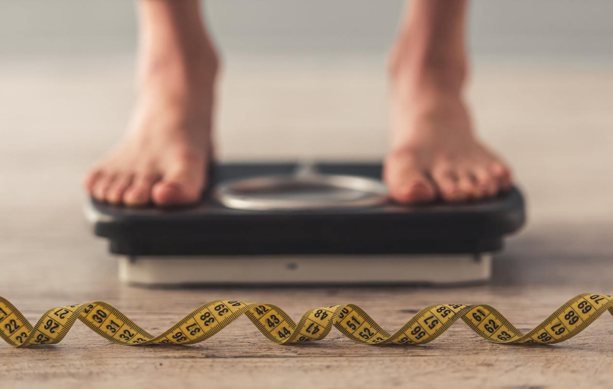 Keskivartalolihavuus ja pömppövatsa voivat johtua monesta syystä.