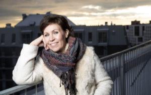 Anna Hanskista tuli 47-vuotias mummi! Esikoistytär sai pojan