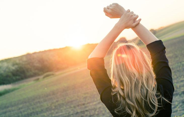 Parisuhteessa huonosti kohdelluksi tuleminen tuhoaa itsetuntoa – 11 askelta itsetunnon kohottamiseen