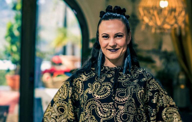 """40-vuotias Mira Luoti: """"Nykyään minua ei harmita, vaikka megaluokan bileet jäisivät välistä"""""""