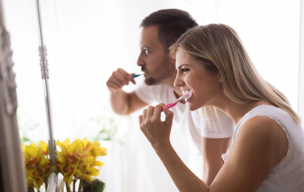 Annan kyselyn perusteella suomalaiset edellyttävät kumppaniltaan erityisesti hyvää suuhygieniaa.
