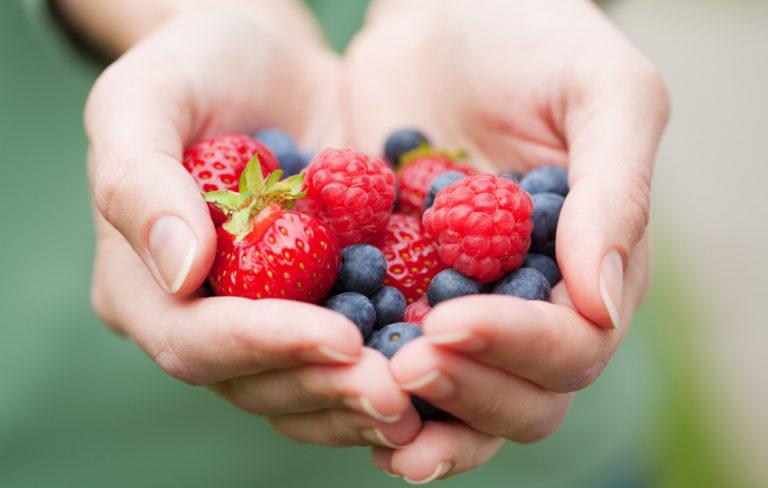 Syö kaksi annosta marjoja päivässä ja hyödynnä marjojen terveysvaikutukset