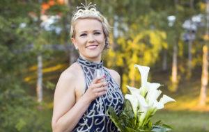 Tangokuningatar Saana Sassali on seurustellut kahdeksan vuotta avomiehensä Markon kanssa.