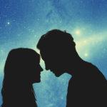 Tähdet kertovat, mikä eri horoskooppimerkkien suhteissa toimii ja mikä on niiden haasteena.