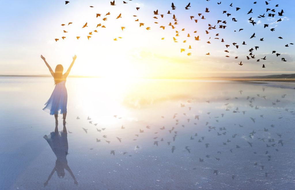 Päästä irti kipeistä muistoista. Kun vapaudut negatiivisuudesta, voit paremmin.