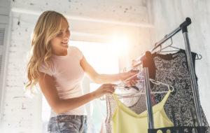 Näin pääset turhasta tavarasta eroon ja tienaat sen myynnillä – 6 vinkkiä
