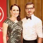 Aino-Kaisa Saarinen on tanssiopettaja Jurijs Trosenkon tähtioppilas Tanssii tähtien kanssa -ohjelmassa.
