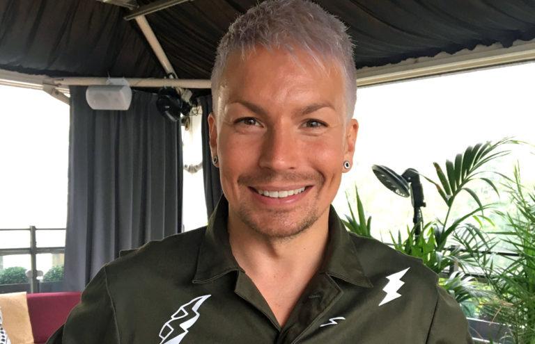 Antti Tuisku Antti Tapani -elämäkerta.