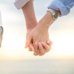 Romanttinen vaaka voisi haluta katsella auringonnousua käsi kädessä aviopuolisonsa kanssa.