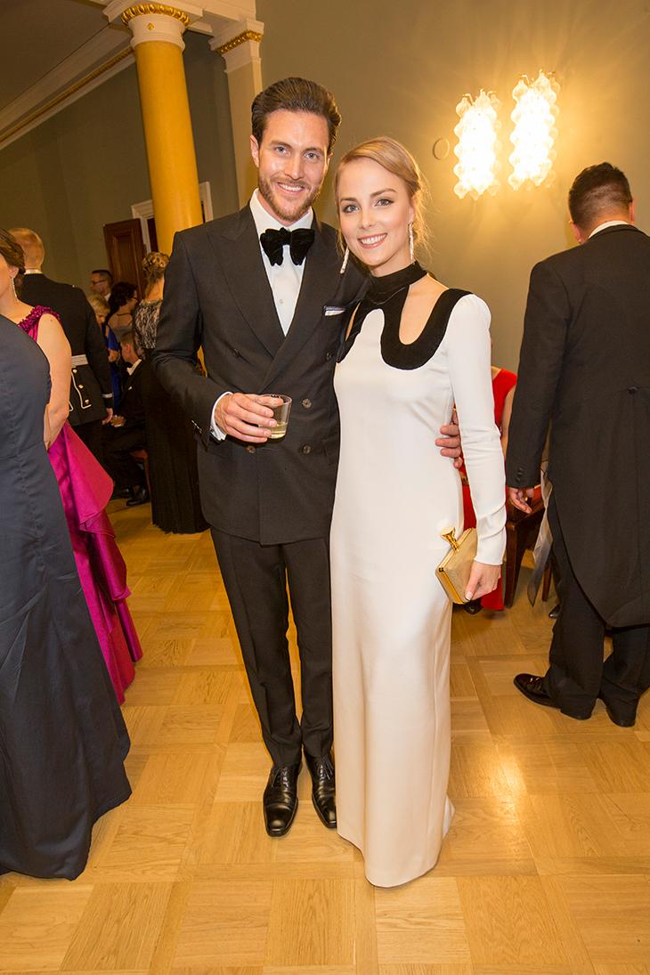 Arthur Borges ja Kiira Korpi saapuivat yhdessä vuoden 2015 Linnan juhliin.