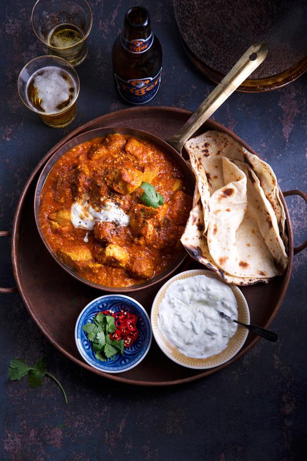 Delhin kanaa ja chapati-leipä