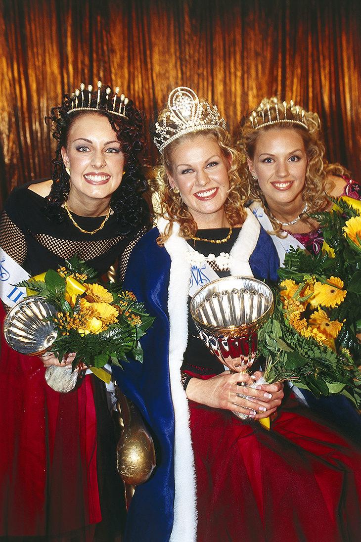 Vuoden 2003 Miss Suomi -kilpailun kärkikolmikko oli Suvi Hartlin (vas.), Anna Strömberg ja Piritta Hagman.