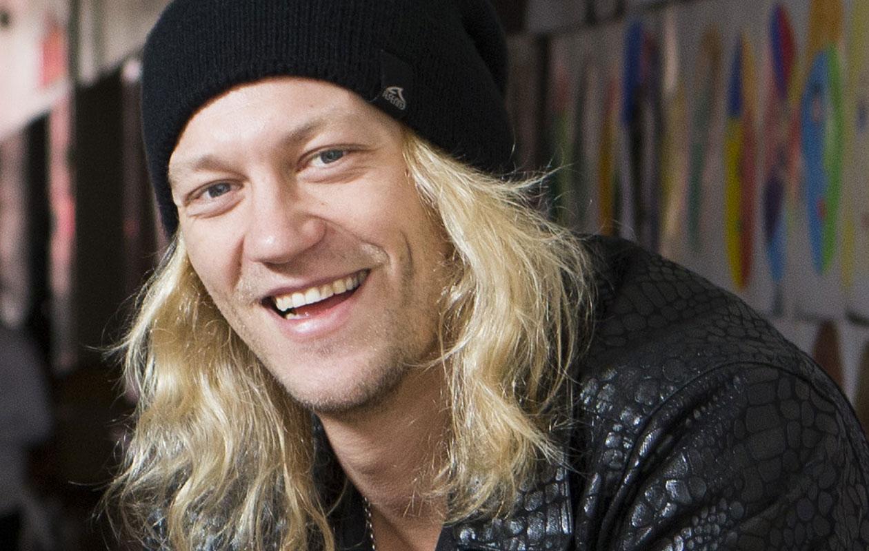 Jukka Hildén meni kihloihin 22-vuotiaan tanssijan kanssa.