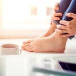 Muutokset jalkojen tuntoaistissa voivat kertoa diabeteksesta.