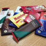 Nämä suklaat Anna.fi:n kuusihenkinen raati maisteli.