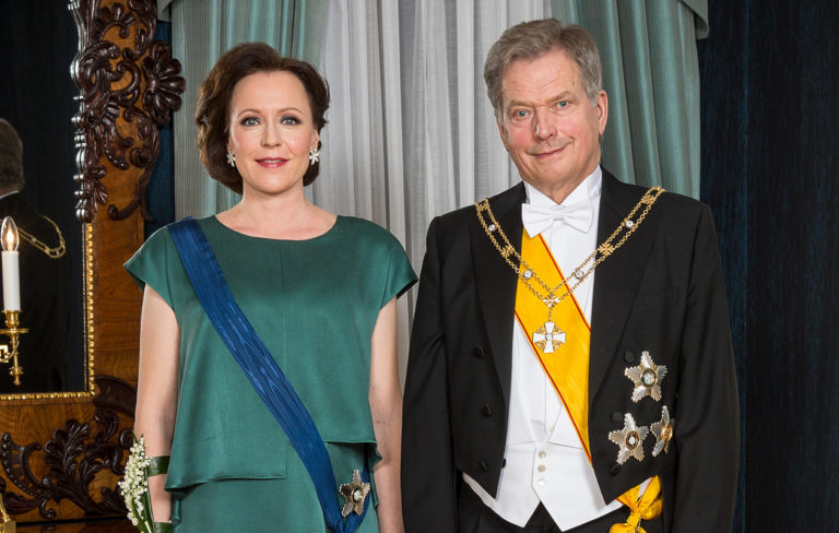 Vuoden 2018 Linnan juhlissa Jenni Haukio seisoi Sauli Niinistön rinnalla vauvavatsansa kanssa. Kuva: Juhani Kandell/Tasavallan presidentin kanslia