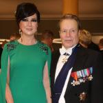 Elina Kiikko valitsi ylleen Lontoosta ostetun Marcheson puvun.