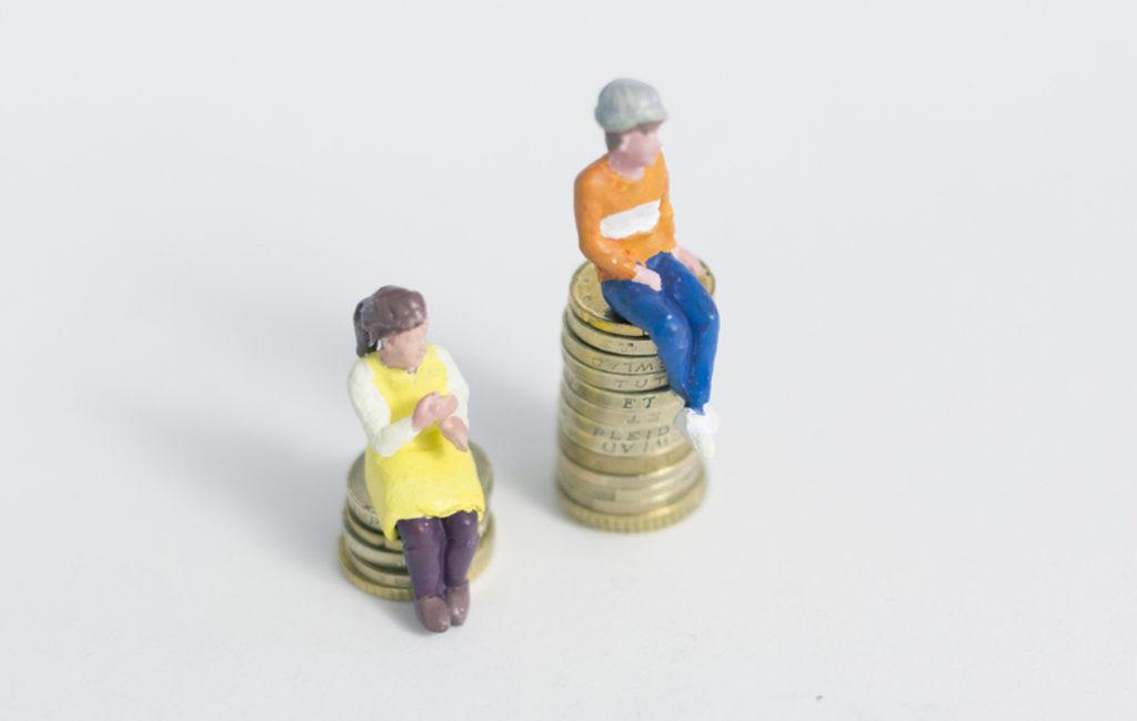 Naisen euro on yhä vain vähän yli 80 senttiä.