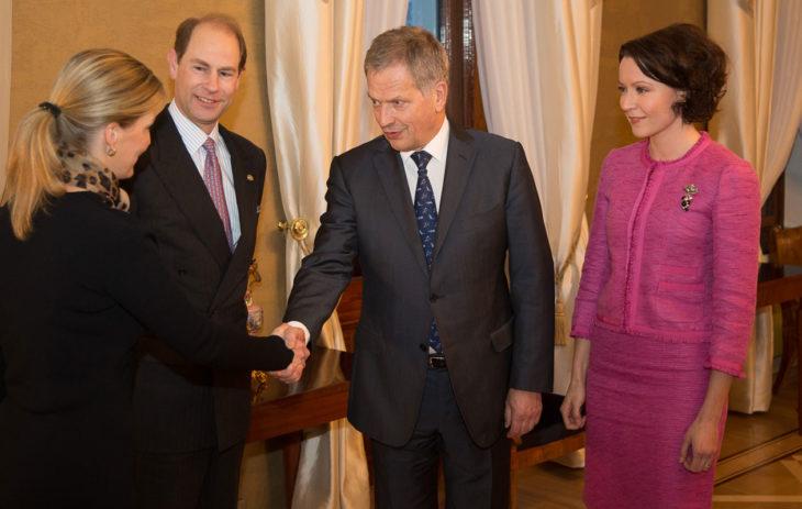 Tasavallan presidentti Sauli Niinistö ja puoliso Jenni Haukio tapasivat Wessexin jaarlin, prinssi Edwardin ja Wessexin kreivitär Sophien 2.2.2015
