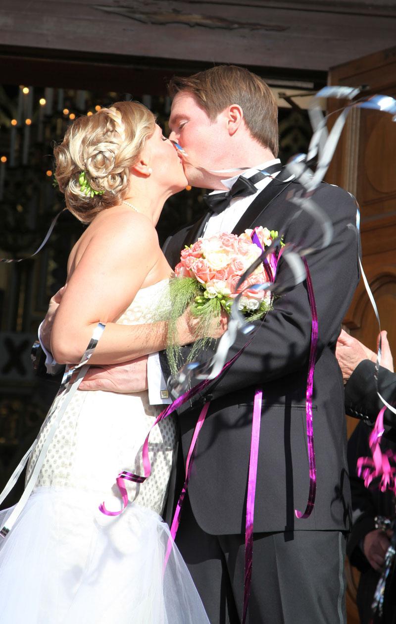 Vappu ja Teemu menivät naimisiin 30. huhtikuuta 2013.