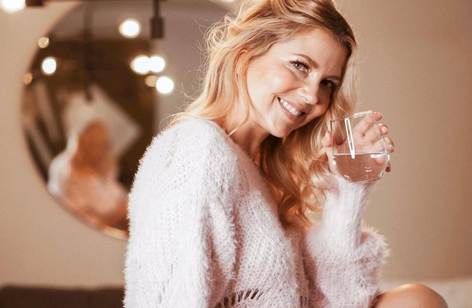 Jenni Alexandrova testasi kollageenijauhetta