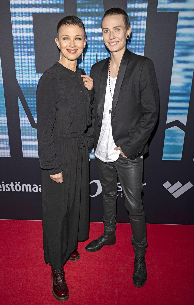 Katariina Souri ja Eliya-vaimo kuvattuna yhdessä lokakuussa 2018. Katariina ilmoitti parin erosta heinäkuussa 2019.
