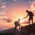 Annettu ja vastaanotettu ystävällinen sana tai teko vapauttaa hyvänolon hormoneja elimistöömme, ja olemme tyytyväisempiä sekä onnellisempia.