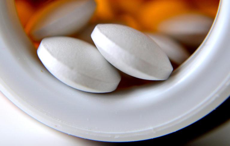 Jos ihminen syö D-vitamiinilisää, D-vitamiinin puutos pääsee hyvin harvoin osteomalasian tasolle.