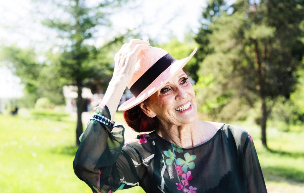 Aira Samulinin tanssivideo on saanut sosiaalisessa mediassa paljon positiivista huomiota osakseen.
