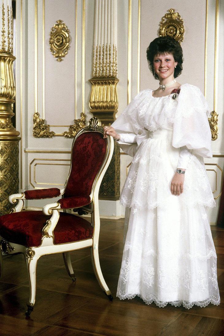 Märtha Louise juhli konfirmaatiotaan kuninkaallisessa linnassa Oslossa toukokuussa 1988.