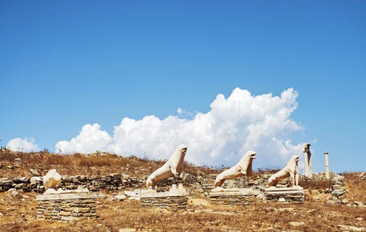 Kreikan parhaat kohteet ovat täynnä historiaa. Museosaari Delokselle kannattaa varautua lierihatulla, sillä sieltä ei löydy varjoa.