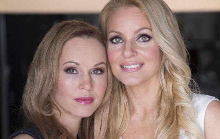 Siskokset Katja ja Virpi Kätkä keikkailevat edelleen säännöllisesti.
