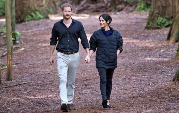 Meghan ja Harry kävivät kävelyretkellä Uuden-Seelannin Rotoruassa lokakuussa. Pariskunta oli kertonut raskaudesta juuri ennen matkaa.