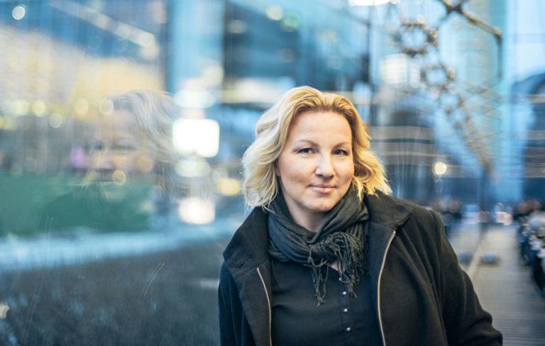 Anne Roth