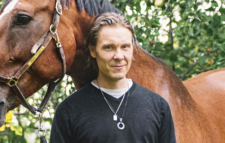 Tuukka Temonen sai syntymäpäivälahjaksi uuden ratsun.