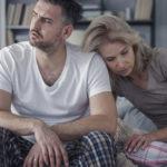 Parisuhteiden nykypäiväiset ongelmat johtuvat muun muassa kipinän puutteesta ja kyvyttömyydestä puhua aroistakin asioista.