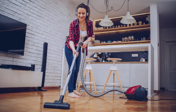 Allergiakodin siivous helpottuu huomattavasti, kun siivousvälineet ovat kunnossa.