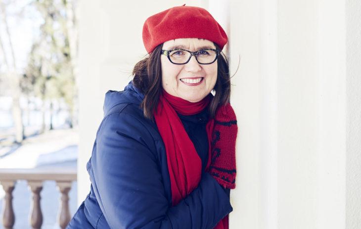 Anne Tolonen oli it-alalla, kun hän sairastui Parkinsonin tautiin. Hän on ollut kolme vuotta työkyvyttömyyseläkkeellä.