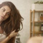 Eivätkö hiuksesi ole terveet ja kiiltävät? Olet saattanut pestä niitä liian harvoin.