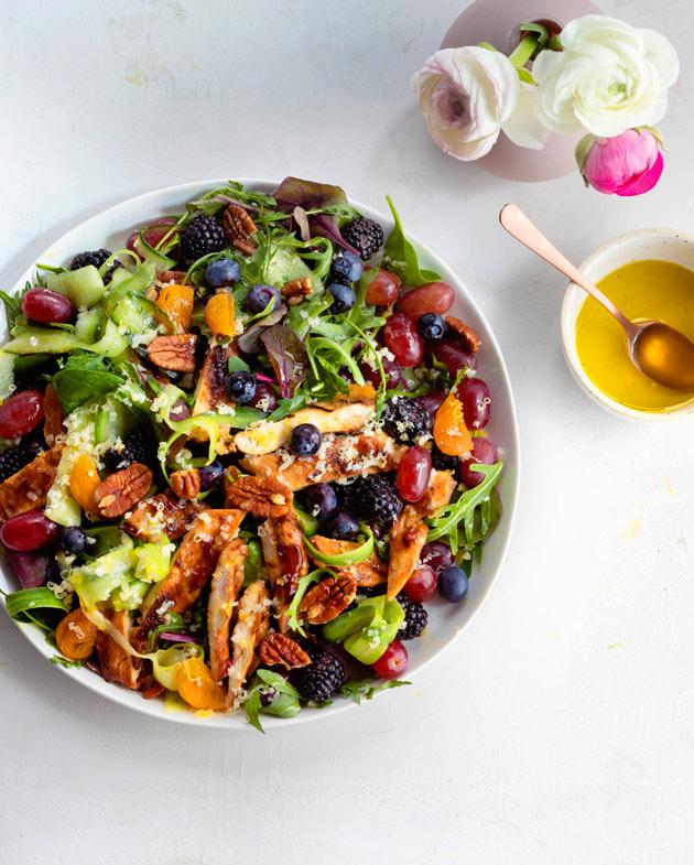 hoisinbroileri-hedelmäsalaatti
