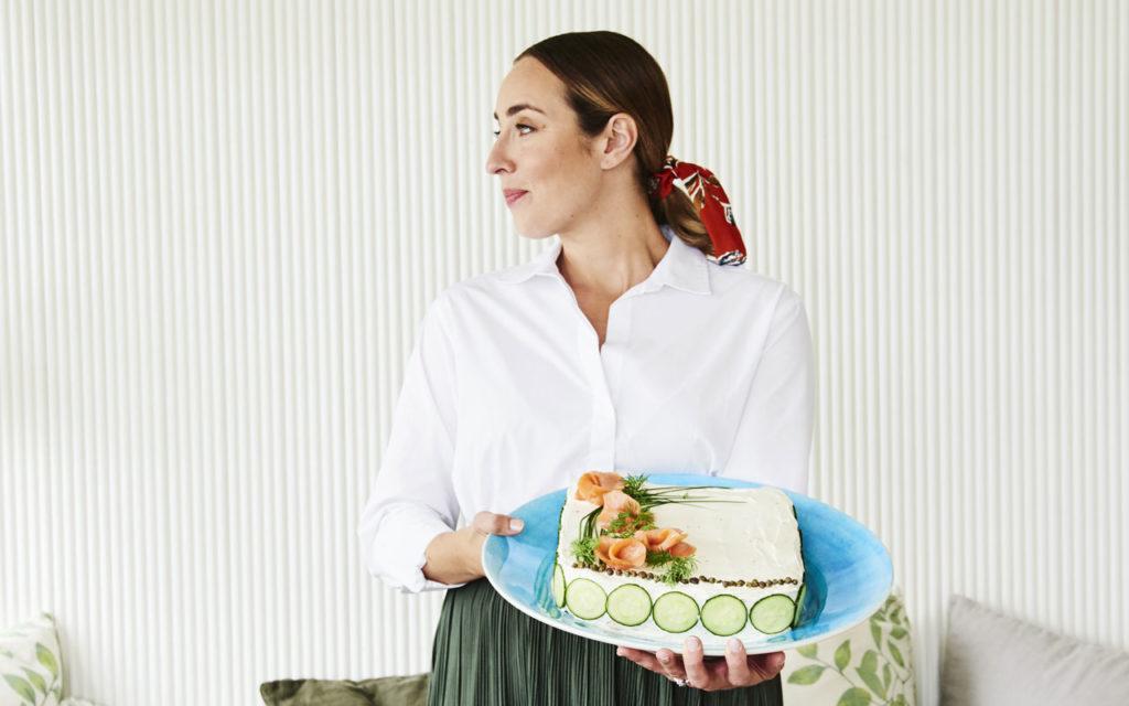 Anni Hautalan merellinen voileipäkakkuresepti hurmaa.