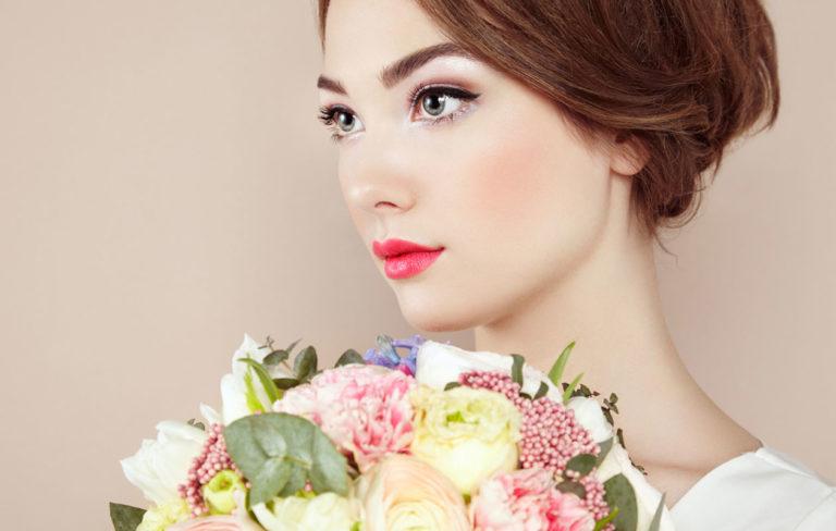 Kesällä meikissä tärkeintä on pysyvyys.