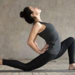 Epätasapainoinen keho liikkuu jäykästi ja kömpelösti. Selän harjoittaminen parantaa ryhtiä ja koko vartalon liikkuvuutta.