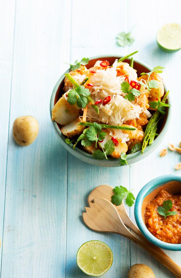 hapankaali-perunasalaatti