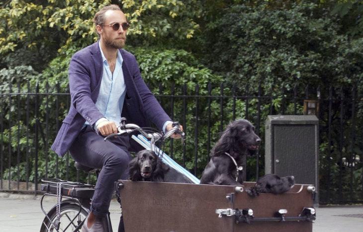 James Middleton löysi avun masennukseensa terapiasta, jossa hän kävi koiransa Ellan kanssa.