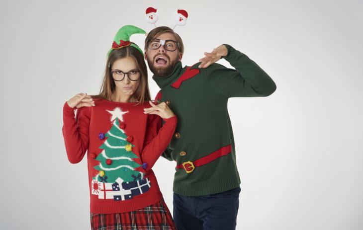 Parhaat hääpäivälahjat kuvastavat pariskuntaa ja heidän liittoaan jollakin tavoin. Huumorintajuisempi aviopari voivat hankkia hassut jouluvillapaidat villahääpäivän kunniaksi.