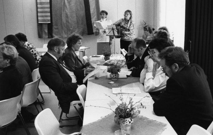 Riehakkuus ei kuulu perinteiseen suomalaiseen juhlakulttuuriin.