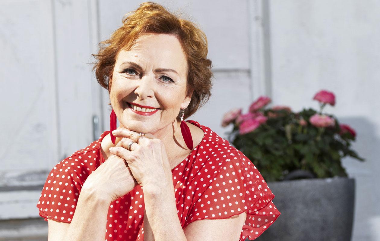 Tangokuningatar Kaija Pohjola sairastui rintasyöpään. Se opetti.