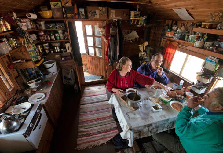 Puskun mökki on ollut Merenluotojen koti yli 25 vuotta.