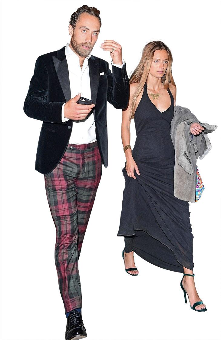 James seurustelee rahoitusanalyytikko Alizee Thevenetin kanssa.